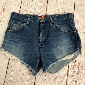 Wrangler- original denim cutoff shorts- vintage
